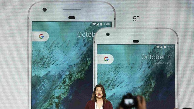 """غوغل تتحدى """"ايفون"""" و""""سامسونغ"""" وتطلق هاتفها الذكي الجديد """"بيكسل"""""""