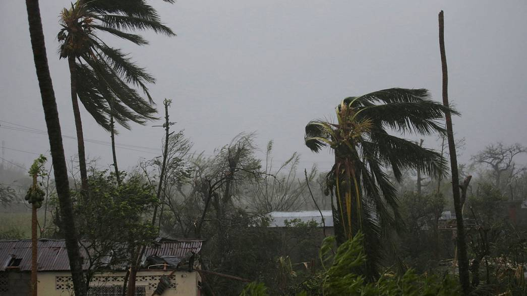 L'ouragan Matthew poursuit son offensive sur les Caraïbes