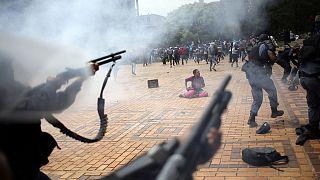 Sudafrica: studenti contro polizia. Proteste per aumento tasse universitarie
