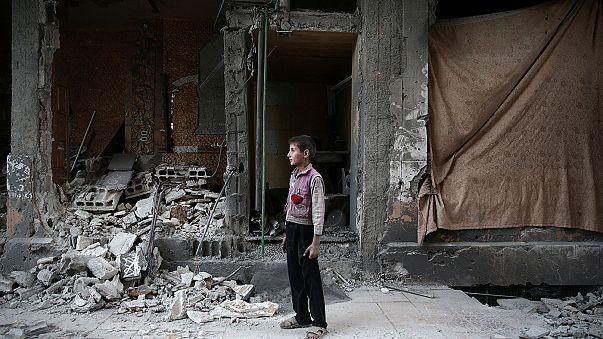 Suriye ordusu Halep'te ilerliyor, kent yoğun bombardıman altında