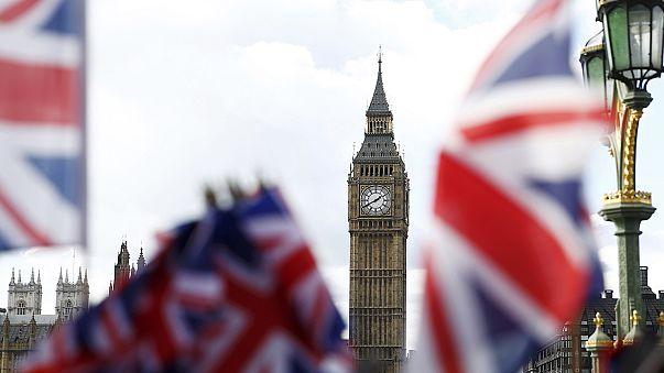 Μ. Βρετανία: Ανάπτυξη παντού, υπερτιμήθηκε το Brexit