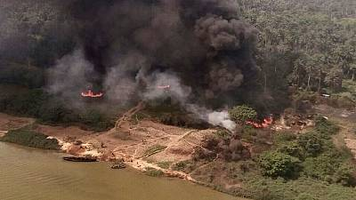 Nigerian army launches airstrikes against Boko Haram, illegal oil refineries