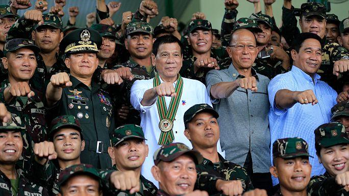 """Duterte: """"Cehenneme git Obama"""""""