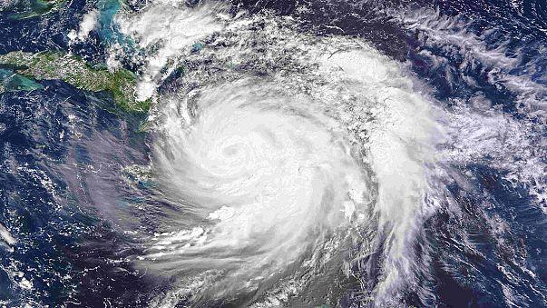 Matthew lascia una scia di distruzioni nei Caraibi