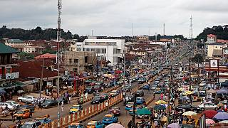 Nigeria lowers 2016 forecast