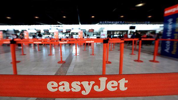 Profit warning hits easyJet's shares