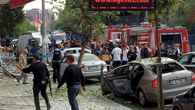 Мощный взрыв в Стамбуле