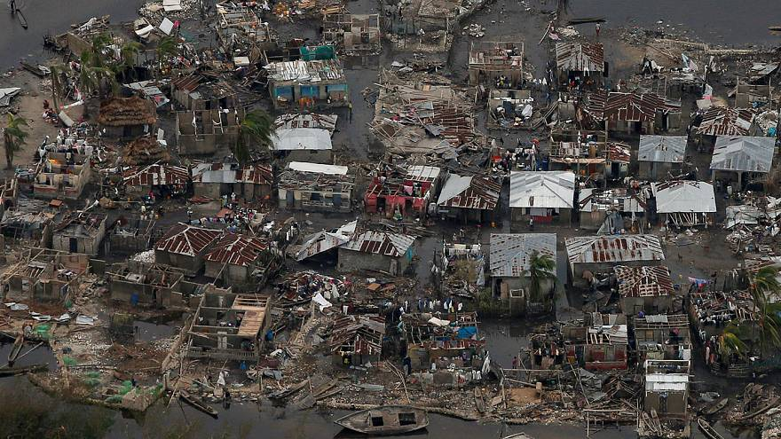 Matthew deja cerca de 350 muertos en Haití