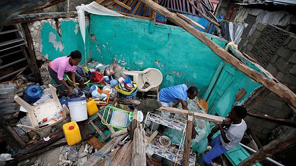 Matthew: Haitians begin recovery after Hurricane