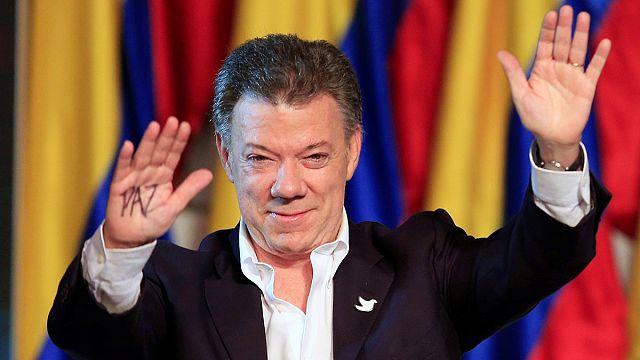 Juan Manuel Santos dedicates Nobel Peace Prize to Colombians, past and present