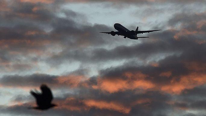 الطيران المدني في العالم يسعى لخخفض انبعاث غاز الكربون من الطائرات
