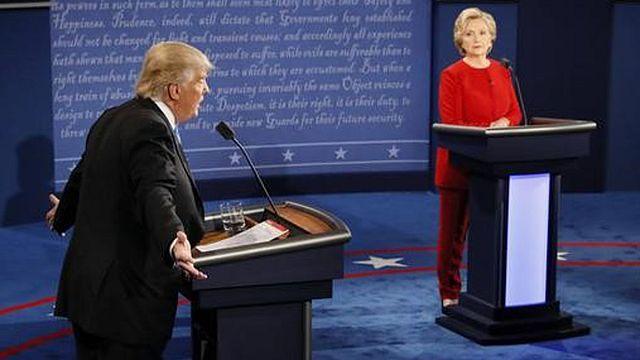 ترامب يهاجم بيل كلينتون ويتعهد بمقاضاة منافسته الديمقراطية في حال فوزه بالانتخابات