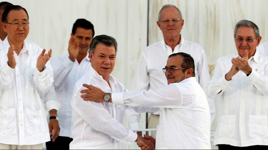 Colombians welcome Nobel Peace Prize for President Santos