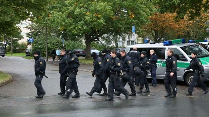 Almanya'da dev terör operasyonu