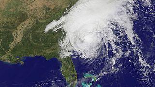 """Unwetter in den USA: Hurrikan """"Matthew"""" verliert an Kraft"""
