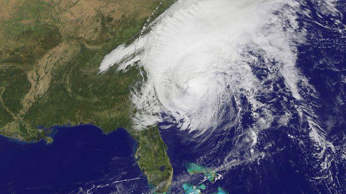USA: Matthew letarolta a déli államokat, de már viharrá szeildült