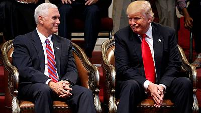 Propos graveleux de Trump : sa femme et son colistier le blâment