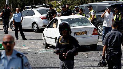 Mulher e polícia mortos em ataque em Jerusalém