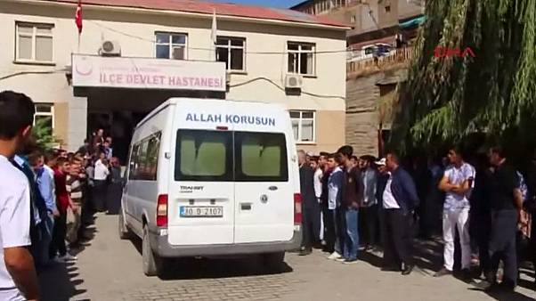 Мощный взрыв у поста полиции на юго-востоке Турции