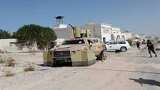 Libyan government forces advance in recapturing Sirte