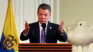 Santos dona el dinero del Nobel de la Paz a las víctimas del conflicto en Colombia