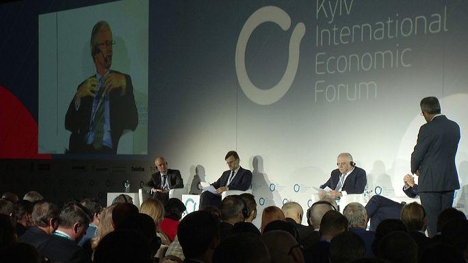 Kiev Ekonomik Forumu'nda dış yatırım arayışları
