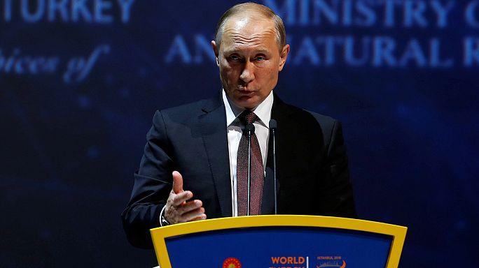 Putin afirma que Rusia está dipuesto a congelar o reducir su producción de petróleo