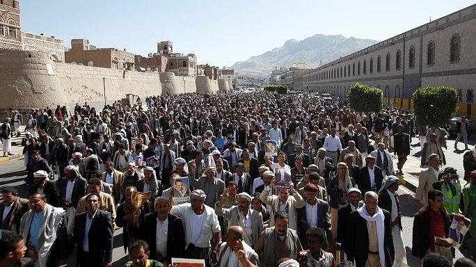 بان كي مون يجري تحقيقا بشأن قصف 140 مدنيا في اليمن