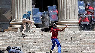 Nueva jornada de protestas en las universidades de Sudáfrica por una educación superior gratuita