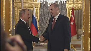Ankara et Moscou se réconcilient à Istanbul