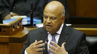 Le ministre sud-africain des Finances inculpé pour fraude