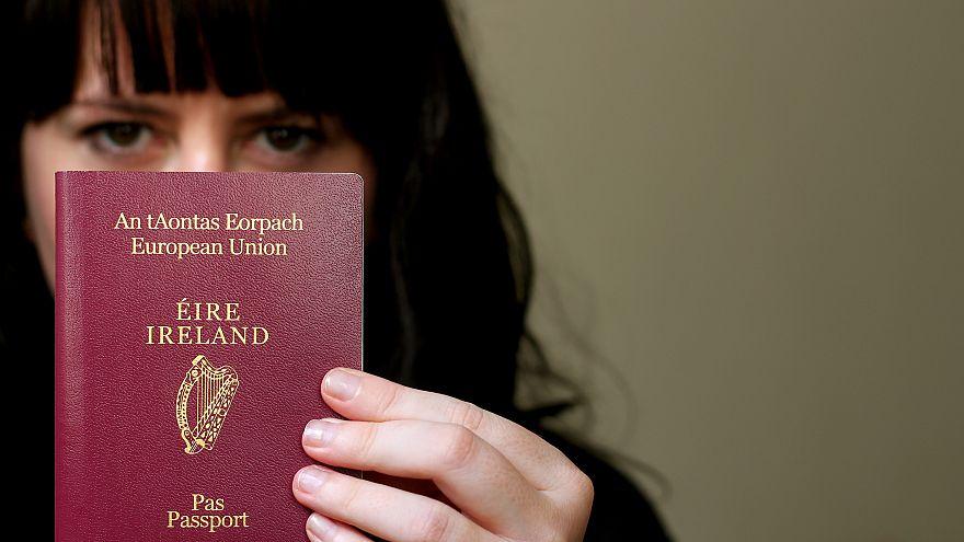 İngilizlerin İrlanda pasaportuna yoğun ilgisi sürüyor