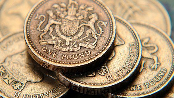 Una libra baja favorece las exportaciones, pero hipoteca el futuro económico del Reino Unido