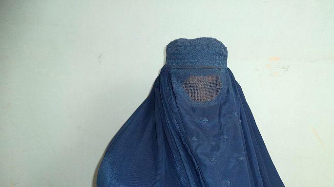 Afghaninnen fordern Recht auf Frauengefängnis ein