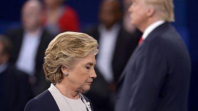 """Hillary Clinton in testa nei sondaggi degli Stati """"in bilico"""""""