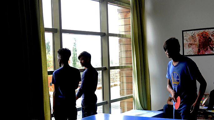 افتتاح ملجإ في أثينا لإيواء أطفال ليس معهم من يرافقهم