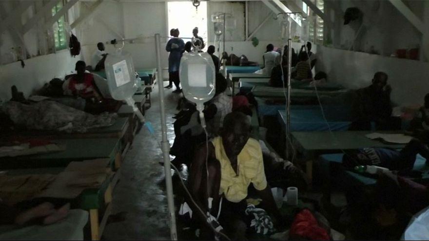 Haiti, si moltiplicano i casi di colera fra i senzatetto dell'uragano Matthew