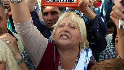Argentina: thousands protest against crime and corruption
