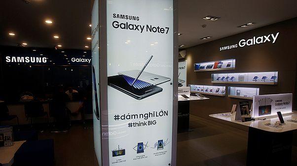 Samsung kâr beklentisini düşürdü