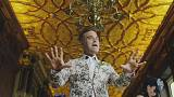 Robbie Williams'dan 'Party Like A Russian'