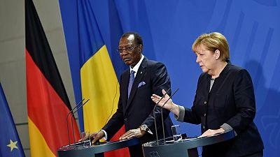 Merkel promete ayuda al Chad para hacer frente a la crisis de los refugiados