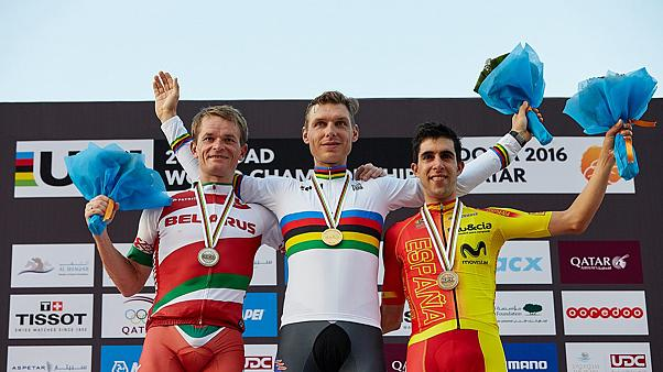 Martin wins record-equaling fourth world time trial title
