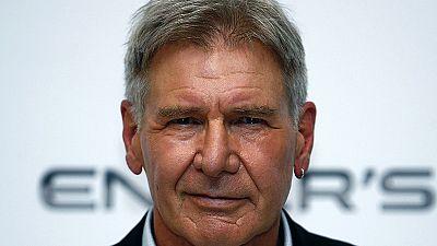 Perna partida de Harrison Ford dá multa a produtora