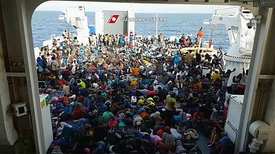 Italiens Ministerpräsident Renzi fordert Strafen für Länder, die keine Flüchtlinge aufnehmen wollen