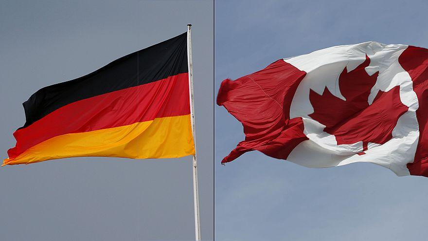 القضاء يعطي ميركل الضوء الأخضر لتوقيع اتفاق التجارة بين الأوروبيين وكندا