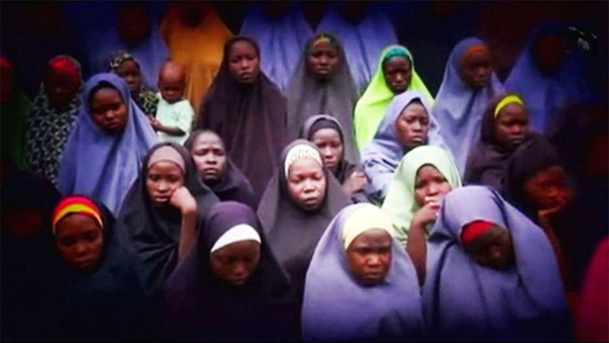 Nigeria, liberate 21 studentesse delle 276 rapite da Boko Haram ad aprile 2014
