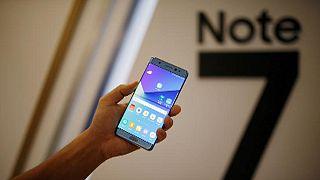 """Samsung: первые компенсации за """"взрывоопасный"""" Galaxy Note 7"""