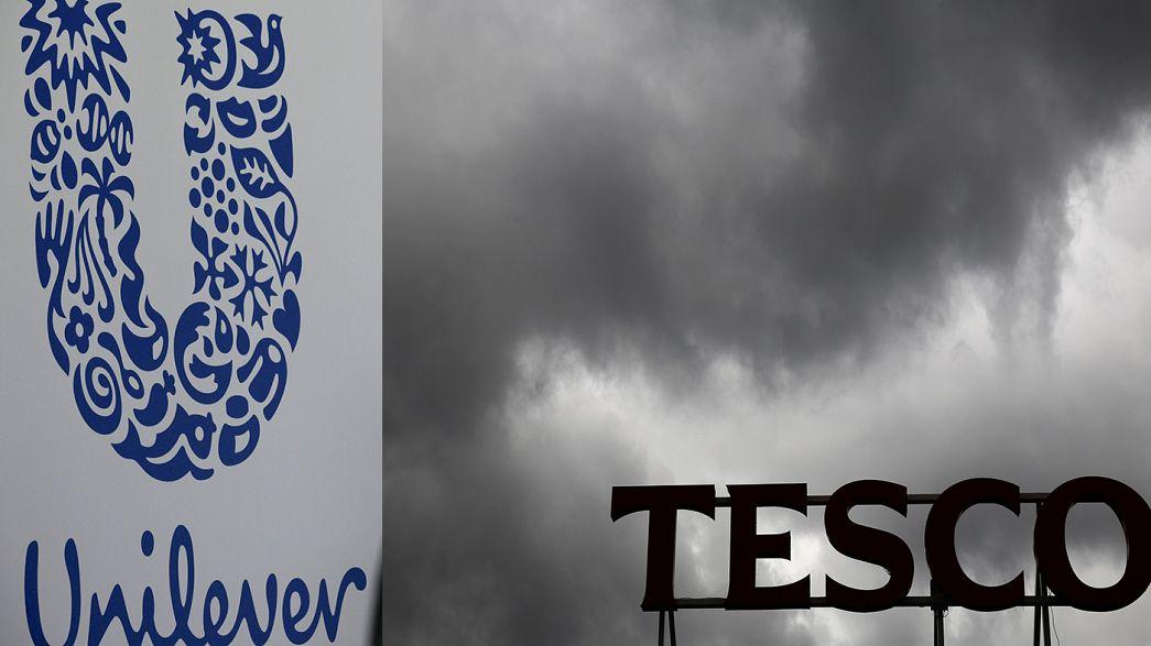 Guerra de preços por causa da desvalorização da libra deixou montras vazias nos supermercados britânicos