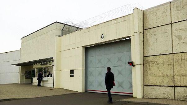 Polémique en Allemagne après le suicide en prison du terroriste présumé