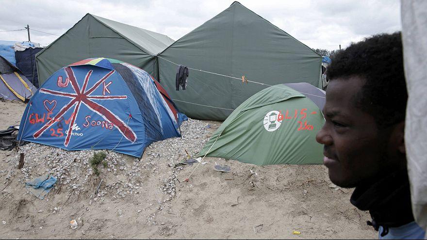 Seis menores de la jungla de Calais se reúnen con sus familias en el Reino Unido